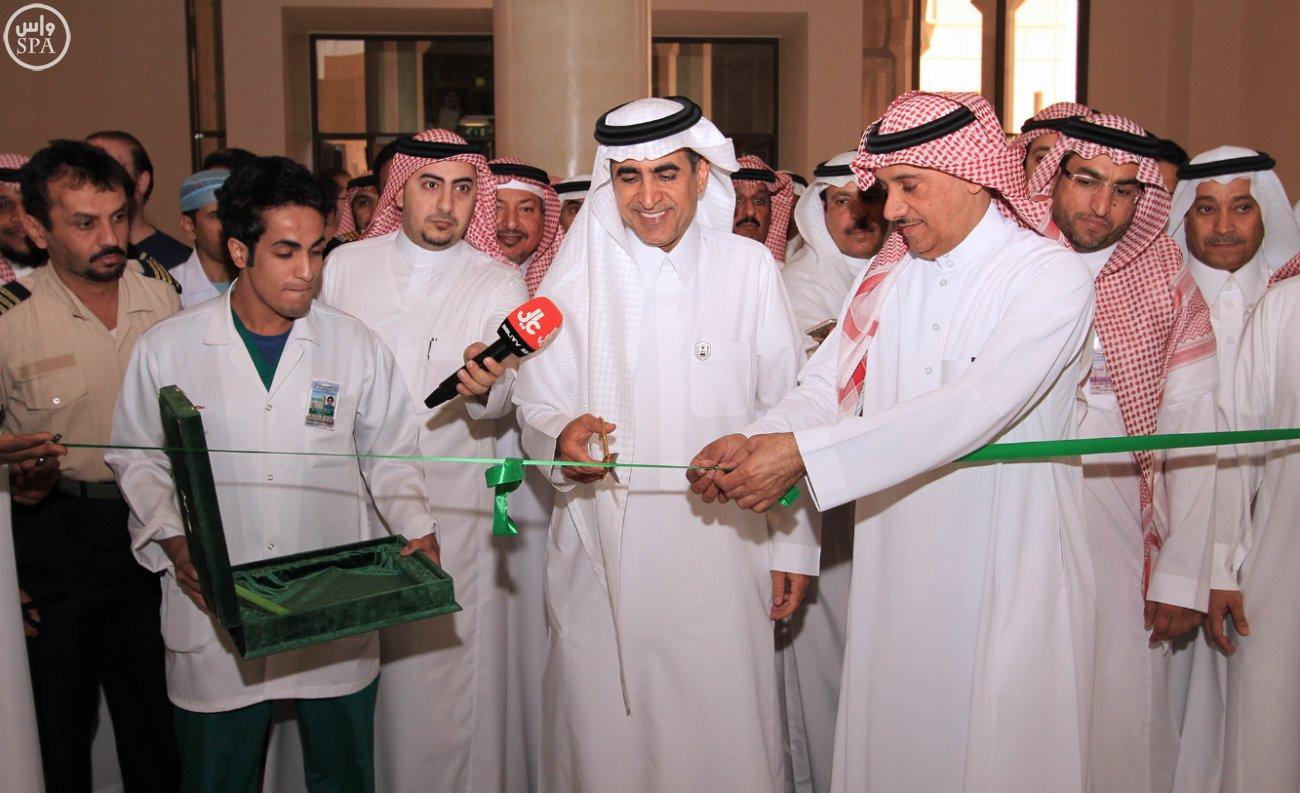 وزير التعليم يدشن مبنى مستشفى طب الأسنان الجامعي بجامعة الملك سعود