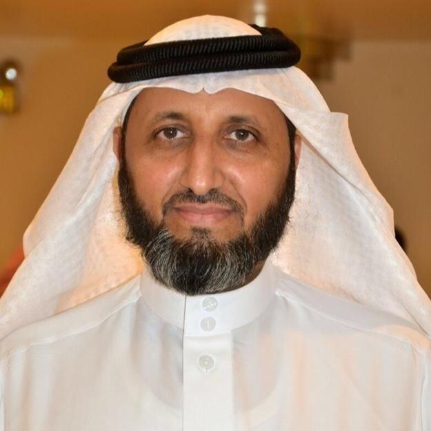 الماجستير مع مرتبة الشرف للأستاذ سعيد الزهراني مدير إدارة التدريب والابتعاث بالشرقية