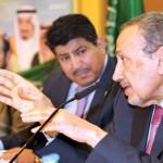 منسوبو ابتدائية الملك عبدالله بالزلفي يُكرمون مدير مدرستهم
