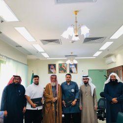 """وزارتا """"التعليم"""" و""""الاتصالات"""" تطلقان مشروع تدريبي لتعزيز المهارات الرقمية لـ ١٠٠٠ معلم ومعلمة"""